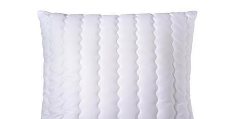 kopfkissen test die besten kissen und tipps f r den kauf. Black Bedroom Furniture Sets. Home Design Ideas