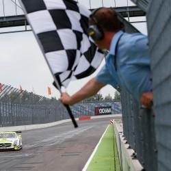 Rennen 1 auf dem Lausitzring – Die Maxis feiern