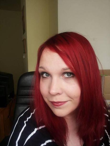 endlich rote haare die auch halten goldwell elumen. Black Bedroom Furniture Sets. Home Design Ideas