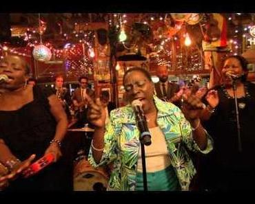 Sharon Jones & The Dap-Kings – Making Up and Breaking Up (LIVE @ Inas Nacht)