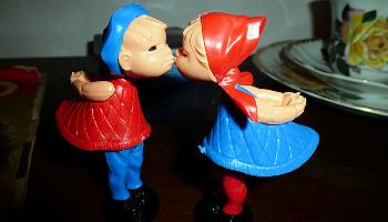 Ein Kuss nach Ladenschluss