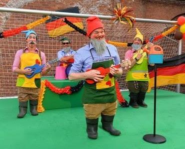 Wählt bei TVtotal den WM Song des Jahres!
