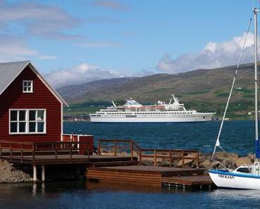 Nun wird auch die MS Delphin im Winter verchartert - und fährt nur noch im Sommer in Deutschland!