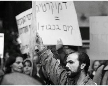 Großdemo in Tel Aviv mit 15000 Demonstranten!