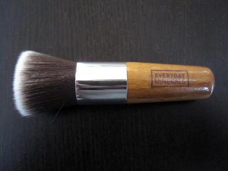 Everyday minerals brush review