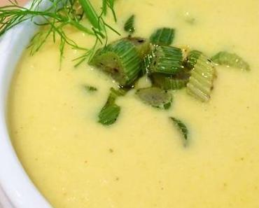 Cremige Fenchel-Curry-Suppe mit Einlage