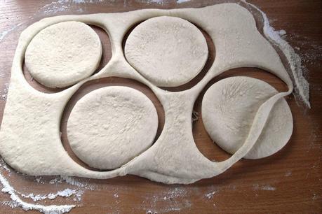 toast br tchen ii englische muffins. Black Bedroom Furniture Sets. Home Design Ideas