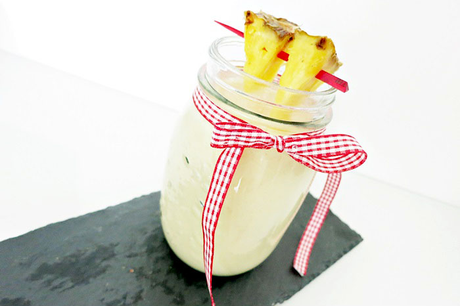Banana Pineapple Coconut Smoothie