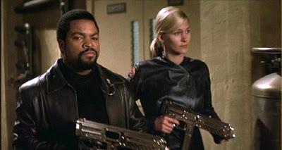 Review: JOHN CARPENTER'S GHOSTS OF MARS - Der tiefe Fall des Meisters