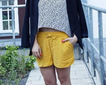 Die gelbe Zara Shorts
