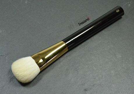 review tom ford cream foundation brush. Black Bedroom Furniture Sets. Home Design Ideas