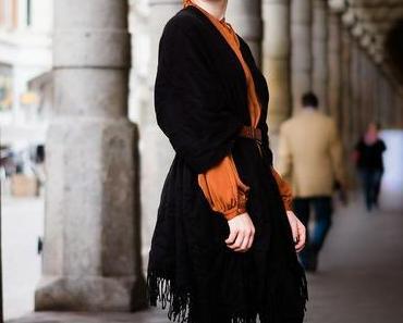 Look du jour // Poncho meets leather pants