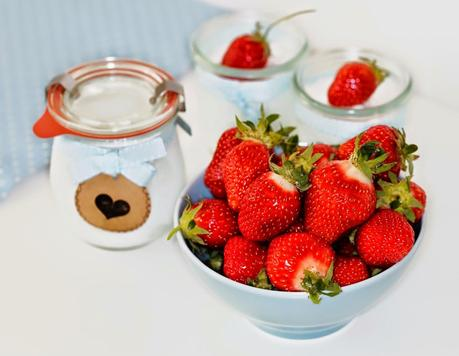 What makes me happy - Frozen Yogurt mit Erdbeeren