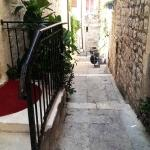 hvar_little_street_1