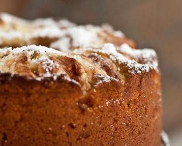 Weisser Schokoladenkuchen mit Äpfeln  ♥ Vielen Dank, liebes Fräulein Klein!