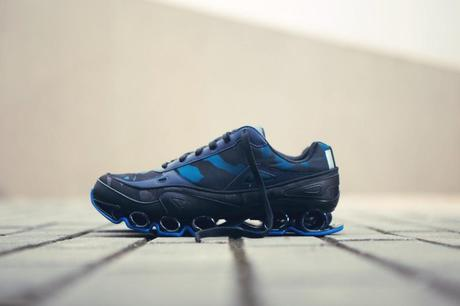 raf-simons-x-adidas-2-fall-winter-bounce-sneakers-2