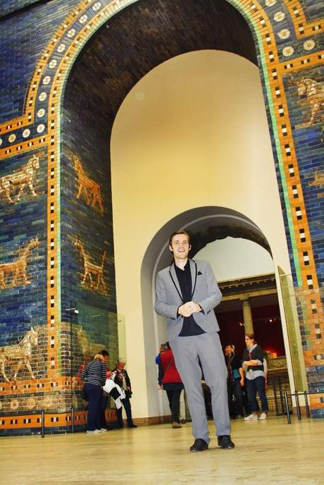 Outfit The Ishtar Gate in Berlin 7