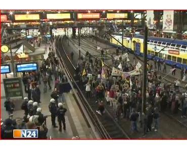 Ausländerkrawalle in deutschen Städten - Claudia Roth bläst zugleich ins Kriegshorn