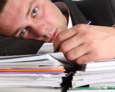 Sechs Schritte, wie man mit faulen Mitarbeitern umgehen kann