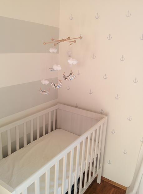 blockstreifen f r 39 s babyzimmer. Black Bedroom Furniture Sets. Home Design Ideas
