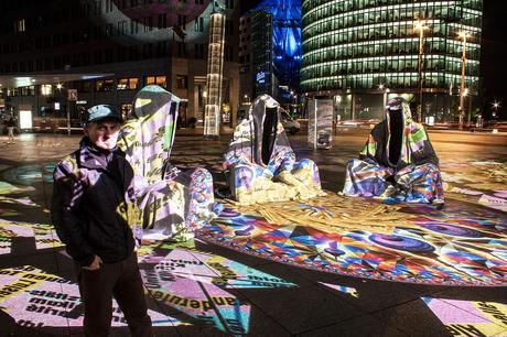 festival-of-lights-berlin-potzdamer-platz-light-art-show-exhibition-lumina-guardians-of-time-manfred-kili-kielnhofer-contemporary-arts-design-large-scale-monumental-public-sculpture-3525