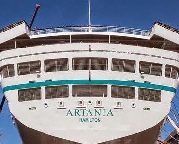 """Phoenix Reisen: MS """"Artania"""" wird in Bremerhaven """"flott"""" gemacht."""