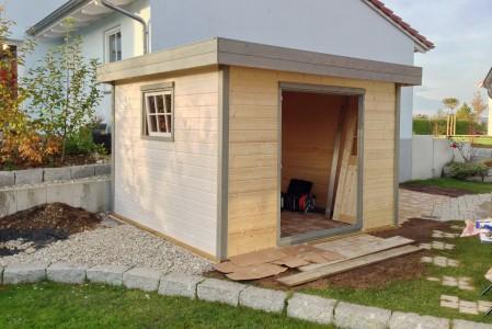 Gartenhaus fertig gestrichen