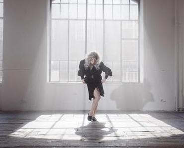 ANKATHIE KOI – KATE, IT'S HUNTING SEASON (Video)