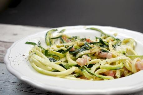[Low Carb] Zucchini-Spaghetti (Zoodles) mit Carbonara-Sauce