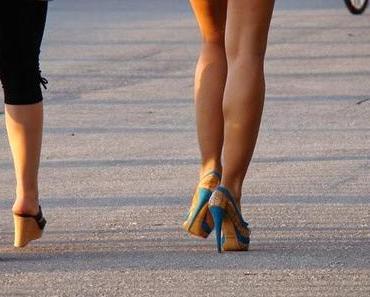 Ladys! Tragt High Heels! Männer sind dann angeblich wahre Gentlemens!
