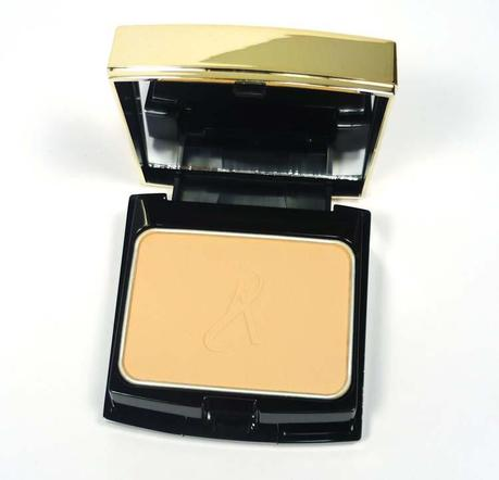 artistry-exact-fit-powder-foundation-inside