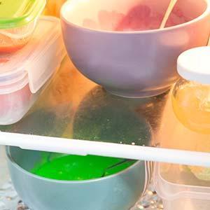 rainbow cake ein kuchen so bunt wie ein regenbogen vegan. Black Bedroom Furniture Sets. Home Design Ideas