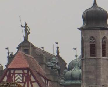 Advent mit vielen Sorten Torten: Evangelische in Rothenburg, katholische in Buching