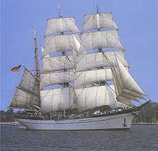 Eine Seefahrt die ist lustig, eine Gorch Fock Fahrt, die ist schön, denn da kann man...
