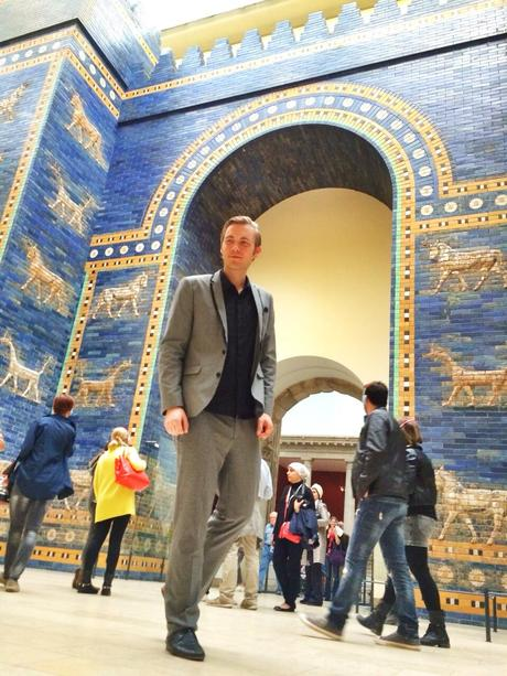 Outfit The Ishtar Gate in Berlin 1