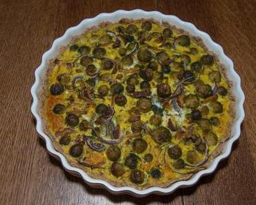 Rosenkohl-Zwiebelkuchen mit Räuchertofu (ovo-lacto-vegetaresch)