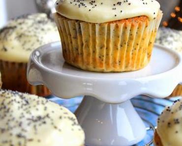 Zitronen-Mohn-Cupcakes