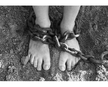 Sklavenmarkt Fussball: das Geschäft mit den Kickern und Spielervermittlern
