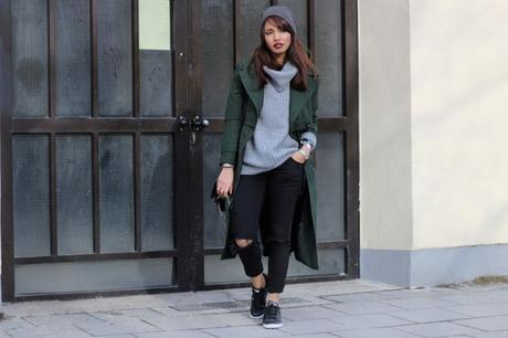 OUTFIT: THE GREEN COAT