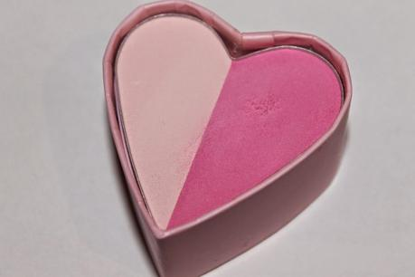 Essence Like An Unforgetable Kiss Blush 02 pink me