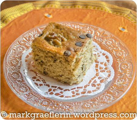 Banana Walnut Muffin Cake 023