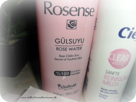 A butterfly: (Blogparade) Top 3 Make-up Remover
