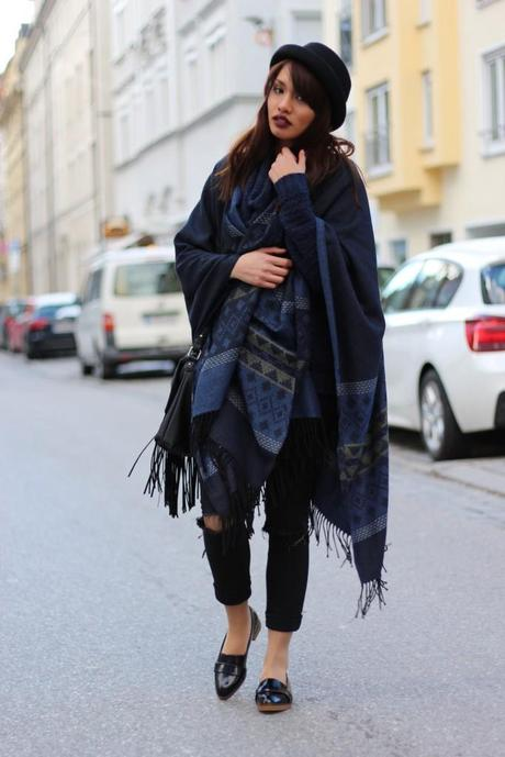 OUTFIT: BLUE PONCHO