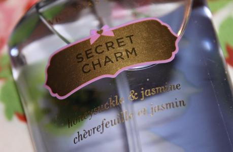 Review: Victoria's Secret Bodyspray Secret Charm + Warum finden alle Primark so kacke?