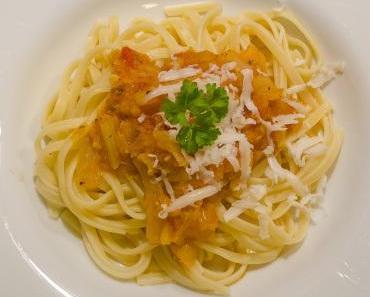 Pasta mit leichter Fenchel-Tomaten-Sauce