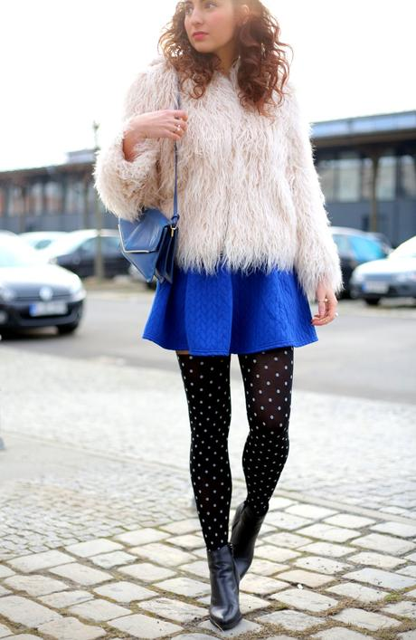 Dot Tights Outfit