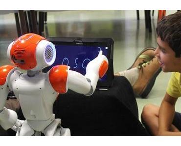 Learning by teaching: Roboter hilft Kindern beim Schreiben lernen