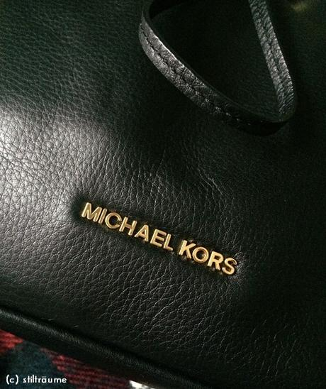 [Fashion] Michael Kors Jules Drawstring Shoulder Bag
