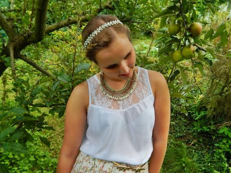 I live my own fairy tale in my little apple orchard