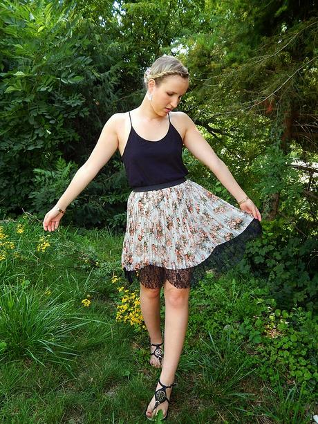 Can u feel the summer? // luftig leichtes Blumenoutfit